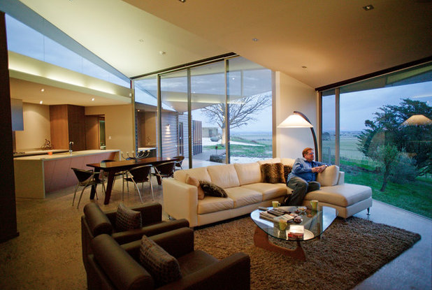 Contemporary Family Room by Centrum Architects