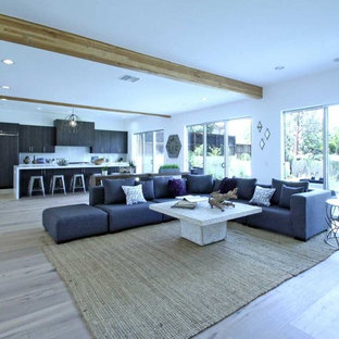 Grand View Home