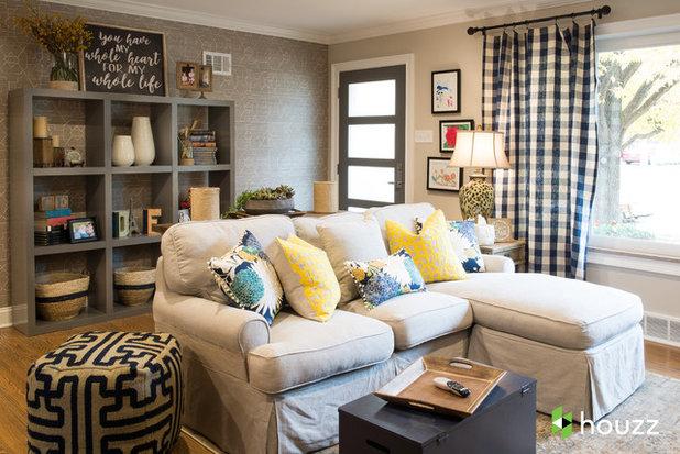 Неоклассика Семейная комната by Karr Bick Kitchen and Bath