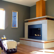 Modern Family Room by Lee Edwards - residential design