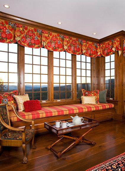 Traditional Family Room by Elizabeth Swartz Interiors