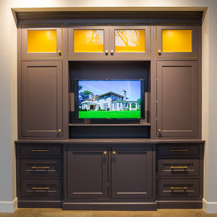 Greenwich Kitchen Cabinet Showroom - Den, Office, Library Cabinetry