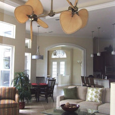 Contemporary Family Room by Lynette Edmonds Interiors