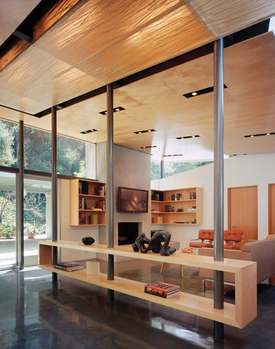 Modern Family Room by Griffin Enright Architects