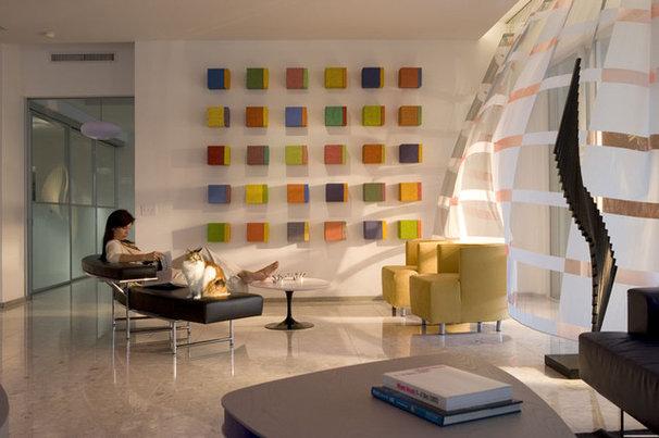 Modern Family Room by Dan Forer, Photographer