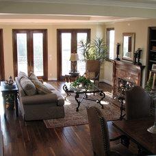 Family Room by LuAnn Development, Inc.