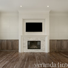 Transitional Family Room by Veranda Estate Homes & Interiors