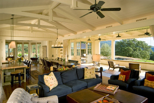 Farmhouse Family Room by JMA (Jim Murphy and Associates)