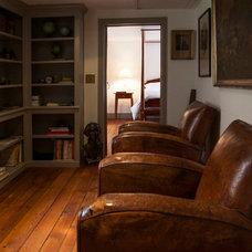 Traditional Family Room Hobday