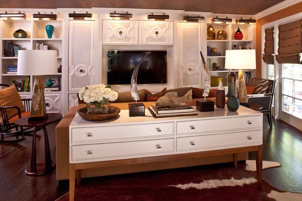 Transitional Family Room by Elizabeth Gordon