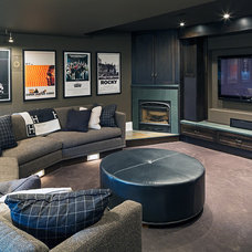 Transitional Family Room by Peter A. Sellar - Architectural Photographer