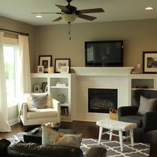 Traditional Family Room by Capital Homes