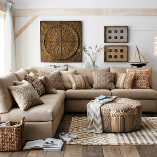 Example Of An Eclectic Family Room Design In Dallas