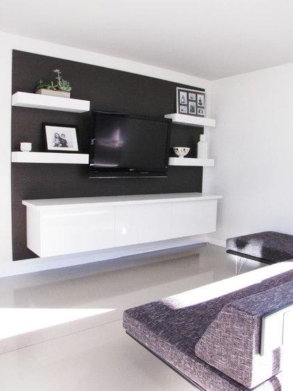 Midcentury Family Room by Tara Bussema - Neat Organization and Design