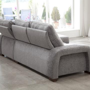 Hugo Modern Sectional Sofa by Famaliving California