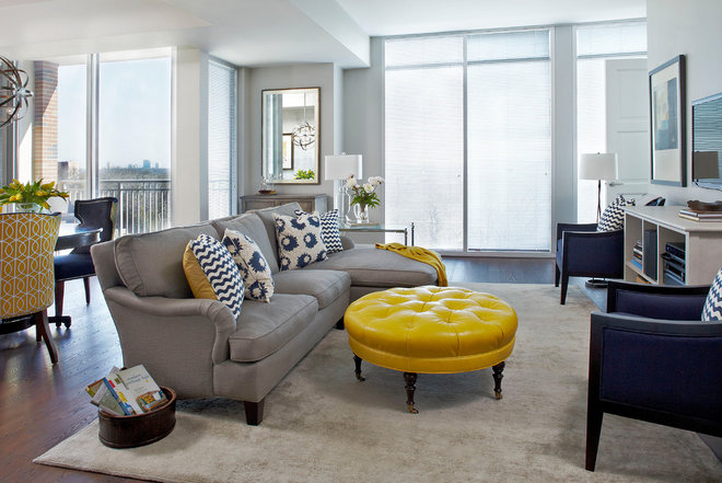 Contemporary Family Room by Insidesign