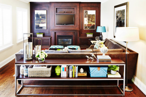 Contemporary Family Room by Sealy Design Inc.