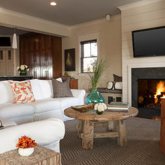 family room by Brown Contractors Fine Custom Homes