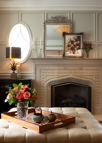 Traditional Family Room by jamesthomas Interiors