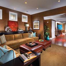 Modern Family Room by D for Design