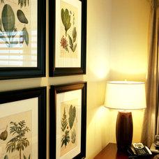 Family Room by Jennifer Brouwer (Jennifer Brouwer Design Inc)