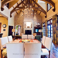 Traditional Family Room by kelley hall