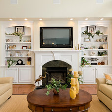 Traditional Family Room by CRAIG BUILDERS