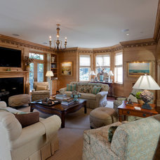 Traditional Family Room by Pamela Gaylin Ryder, Inc