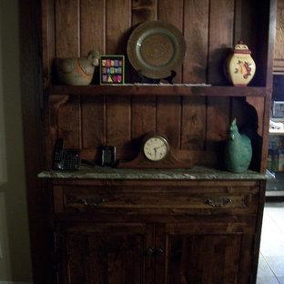 Diseño de sala de estar de estilo de casa de campo pequeña