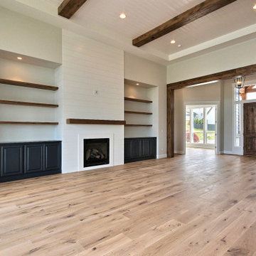 L-Shaped Home :Great Room