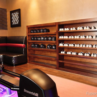 LA Lanes - custom home bowling alley