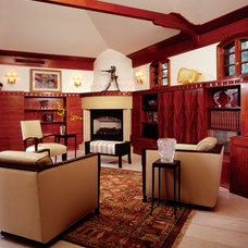 Transitional Family Room by David Heide Design Studio