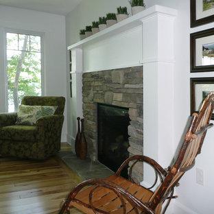 LAKE HOME, LIVING ROOM, FIREPLACE, Farmhouse, Keuka Lake, NY