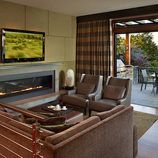 Contemporary Family Room by Gelotte Hommas Architecture