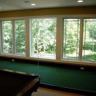 Esempio di un soggiorno american style con sala giochi
