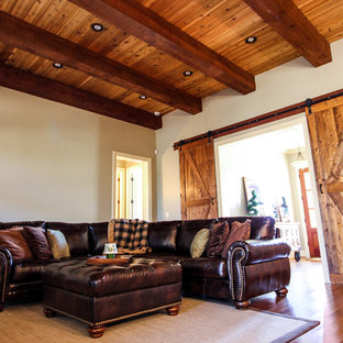 Family room - traditional family room idea in Birmingham