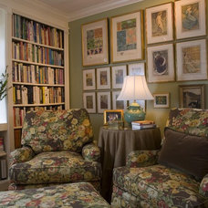 Traditional Family Room Library