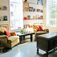 eclectic family room by Sullivan, Goulette & Wilson Ltd. Architects
