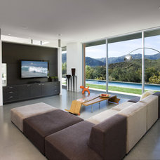 Contemporary Family Room by Abramson Teiger Architects
