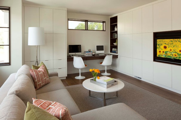 Modern Family Room by Andrea Swan - Swan Architecture