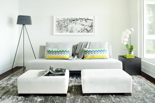 Phòng gia đình đương đại của Kelly Deck Design