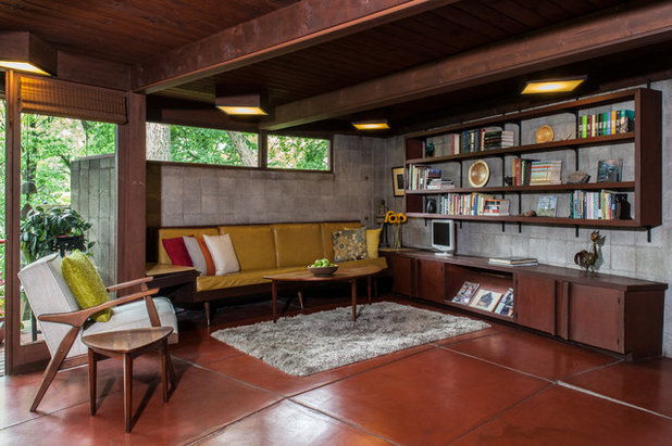 Midcentury Family Room by Jason Snyder