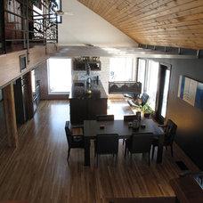 Modern Family Room Living Kitchen Reno
