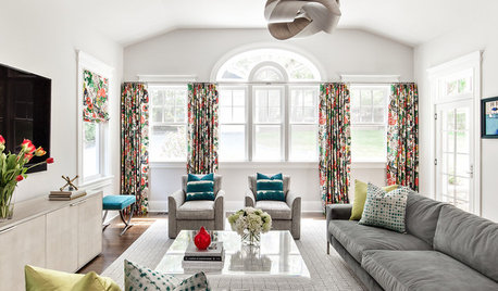 New This Week: 3 Living Rooms Mix Wild Patterns While Keeping Calm