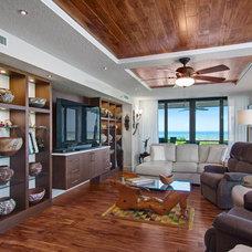 Traditional Family Room by Ninzan Studio, LLC