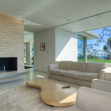 Modern Family Room by Bertram Architects
