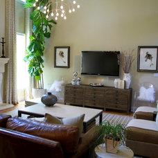 Traditional Family Room by Lori May - Lori May Interiors