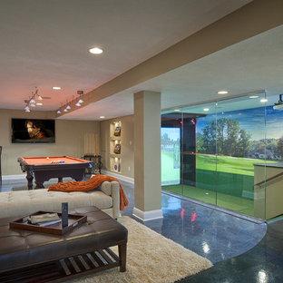 Mittelgroßes, Offenes Modernes Wohnzimmer mit beiger Wandfarbe, Betonboden und blauem Boden in Cleveland