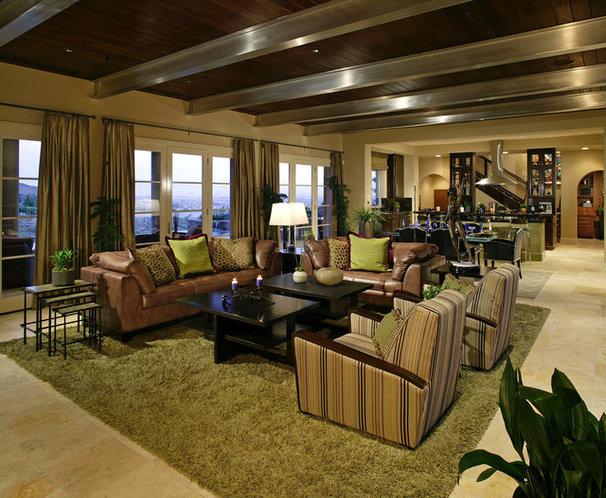 Contemporary Family Room by Sennikoff Architects