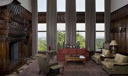 Malinard Manor - Family Room
